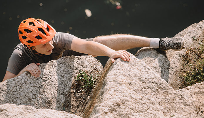 Best Beginner Climbing Shoes Buying Guide